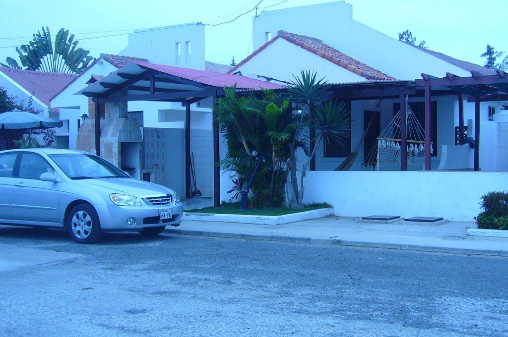 Alquiler de casa con piscina gabinohome for Alquiler casa con piscina