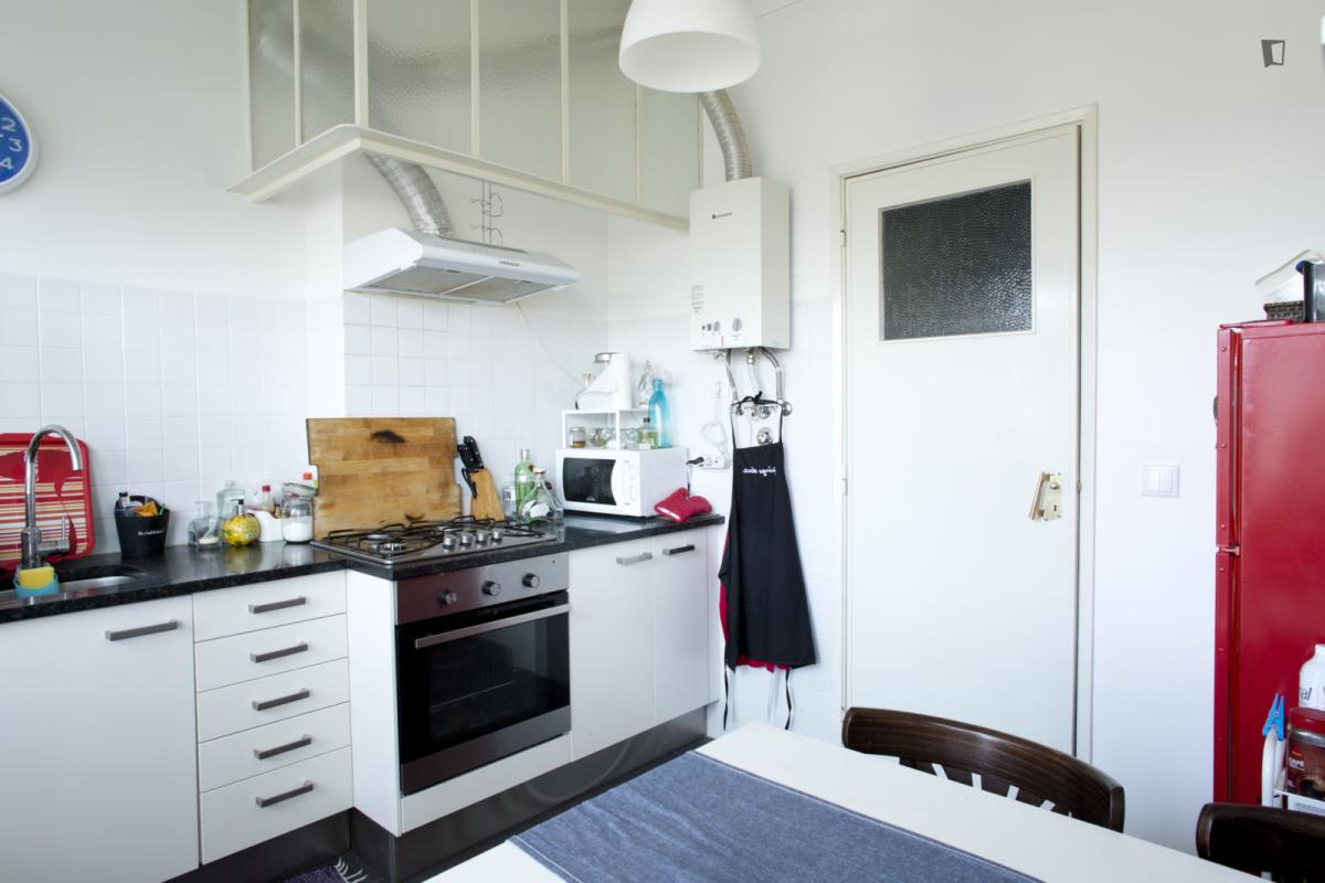 Chambre avec cuisine commune gabinohome - Chambre d hotel avec cuisine ...