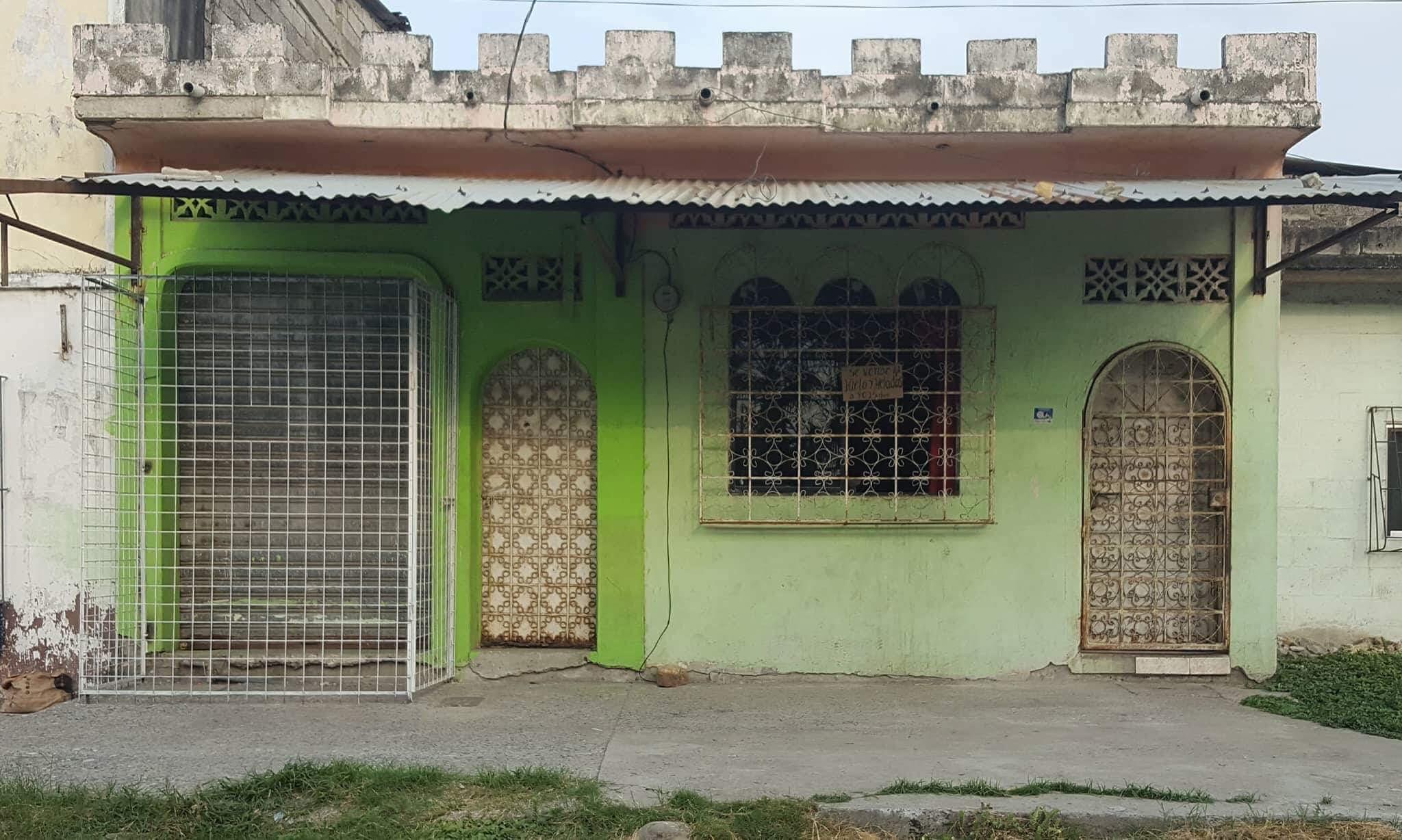 Vendere casa a sud di guayaquil gabinohome for Piani sud ovest della casa con cortile