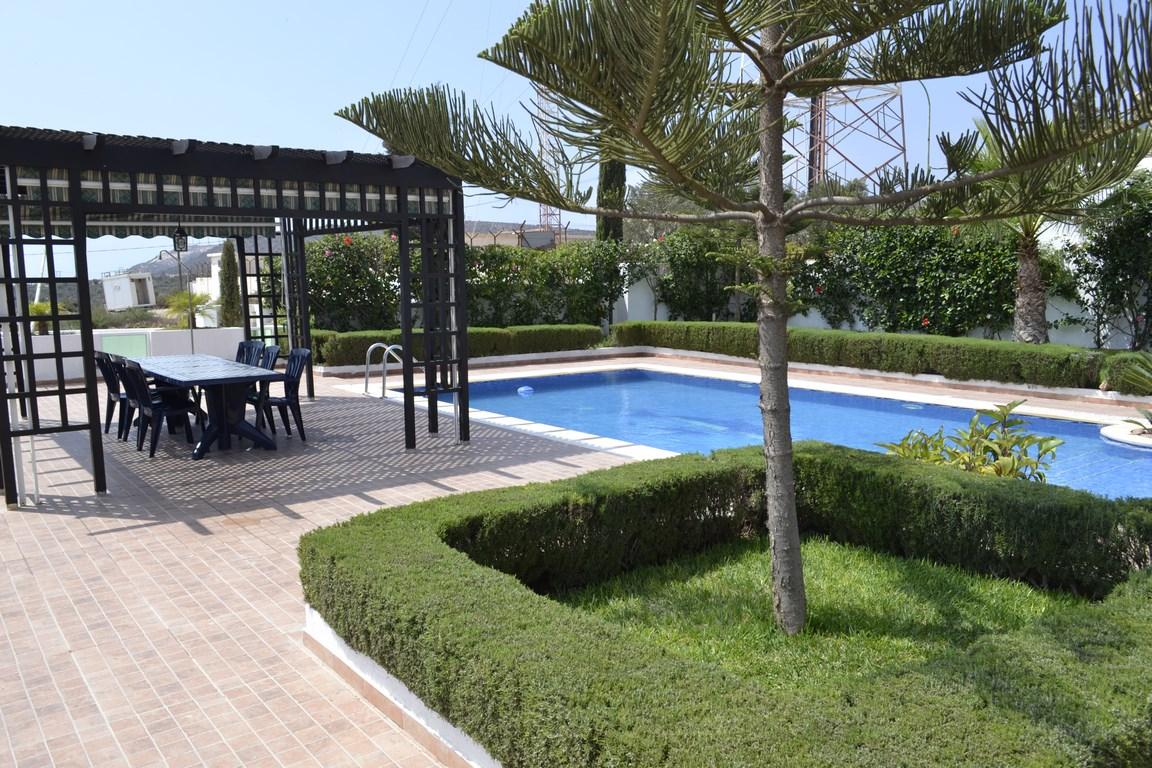 Luxuriöse 4 Schlafzimmer Villa Mit Pool T42035