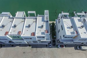 Townhouse For Sale in Miami Beach 3 Bedrooms 3.5 B.  Photo 8
