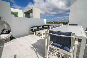 Townhouse For Sale in Miami Beach 3 Bedrooms 3.5 B.  Photo 15
