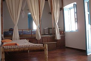 Traditional house, terrace with panoramic view, Tilos.  Photo 4