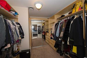 3 bedroom apartment in Toronto.  Photo 8