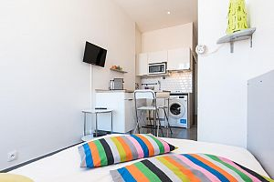 Furnished 1 bedroom apartment in the heart of Paris.  Photo 1
