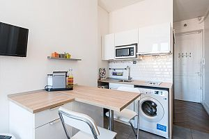 Furnished 1 bedroom apartment in the heart of Paris.  Photo 2