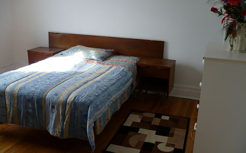 Warm and friendly Homestay mtl Accommodation. Photo 1