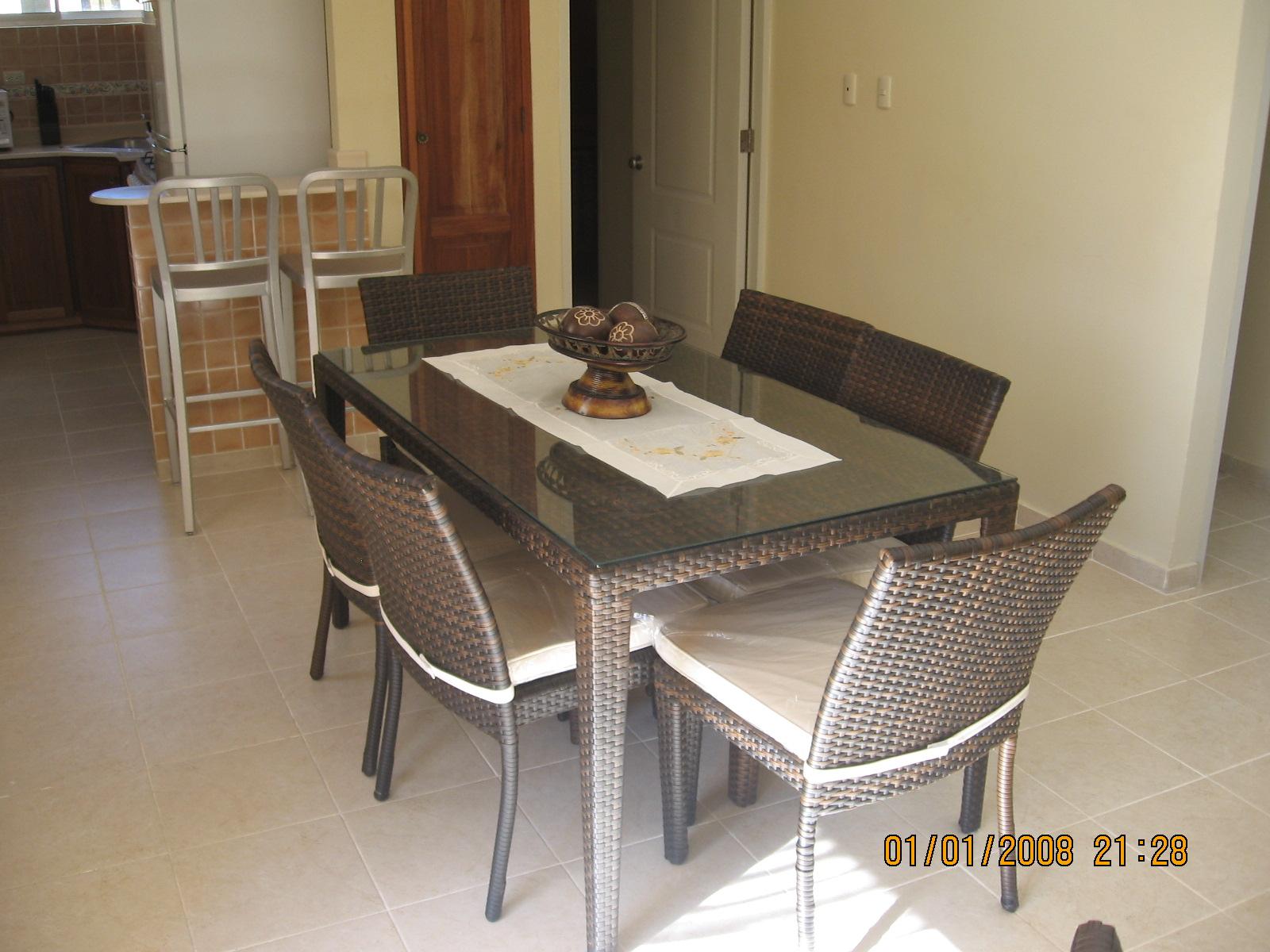 Bonito y comodo apartamento de tres dormitorios for Sofas comodos y bonitos